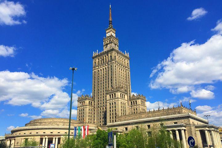 Poland / Warsaw - The Palace - Wanderlust