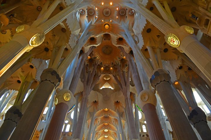 Spain / Barcelona - Gaudí's Best - Wanderlust