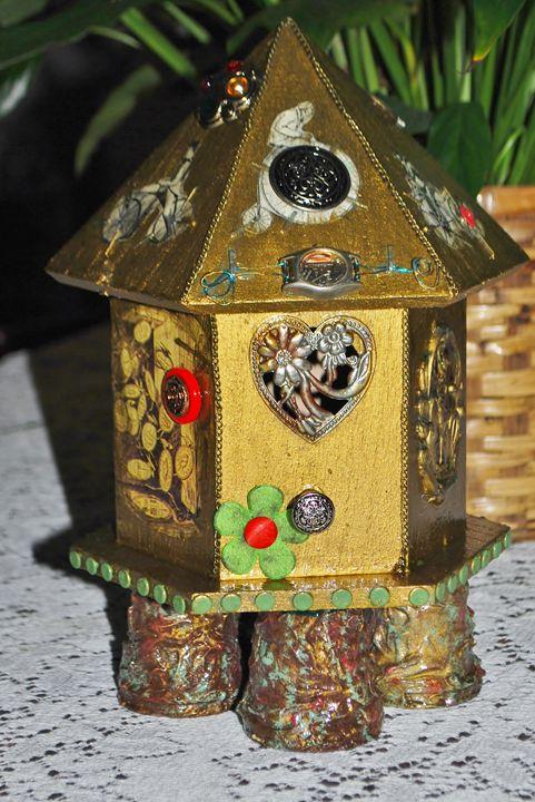 ON HOLD HSteampunk Bird House Decor