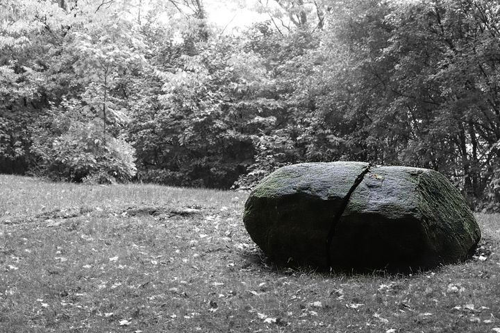 The Green Rock - RD Photography