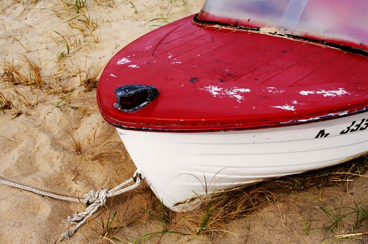 Beached Boat - Photography by Rob