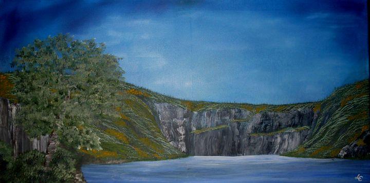 Cliffs - Lara Campos