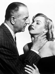 Marilyn Monroe choked
