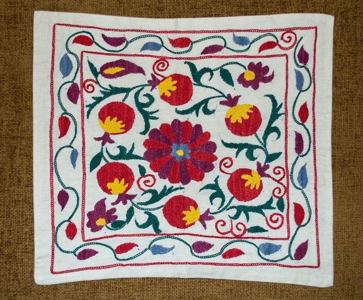 Suzani cushion cover - UzbekCraft