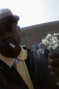 selfie i took  pre allergy outbreak