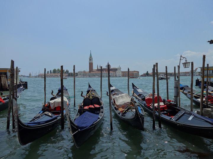 Gondolas of Venice - LaMa