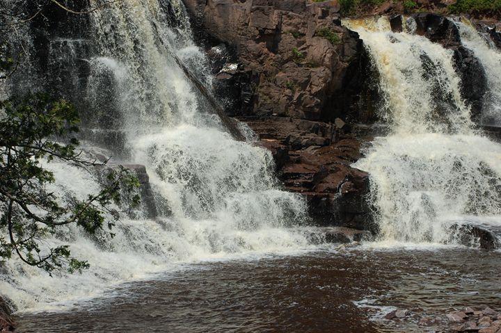 Gooseberry Falls Minnesota - NorthShoreSDT