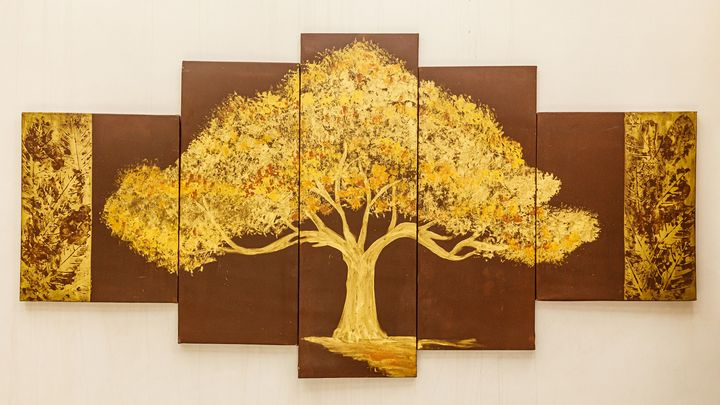 Golden tree - Embodied ideas