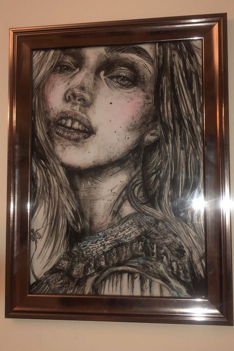 Monochrome blush female - Emily Dorrington