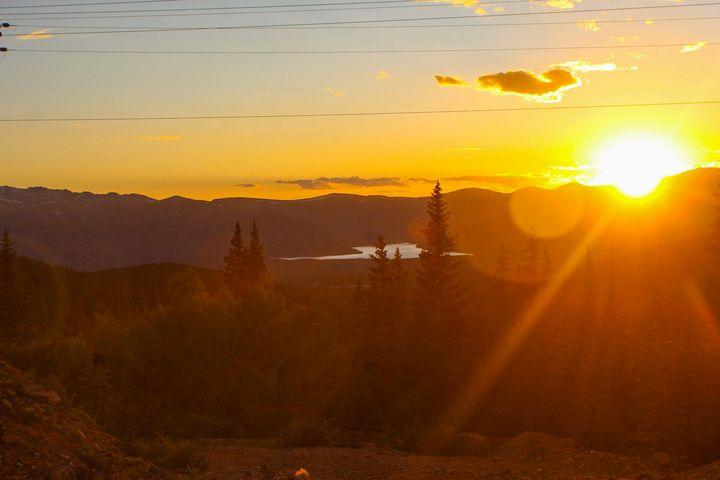 Sunset Peaks - Sydni art and photography