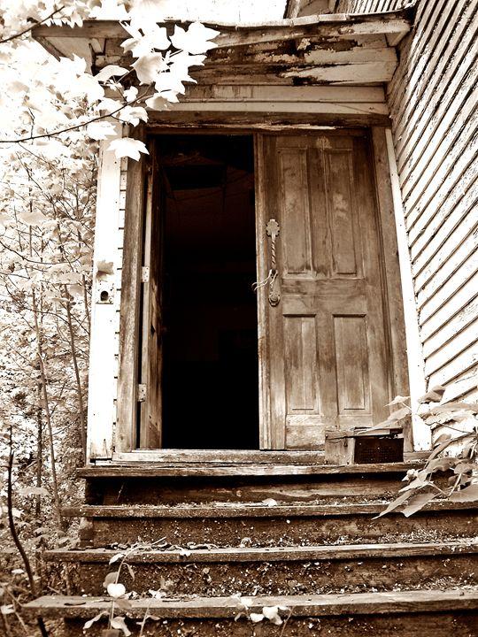 Heaven's Door - Paul Lubaczewski