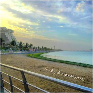 Jeddah Corniche Road sea side