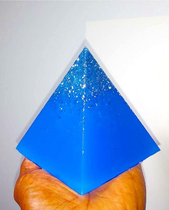 Blue Pass!on Pyramid - Pass!ons !nk