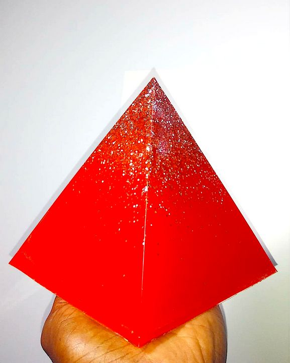 Red Pass!on Pyramid - Pass!ons !nk