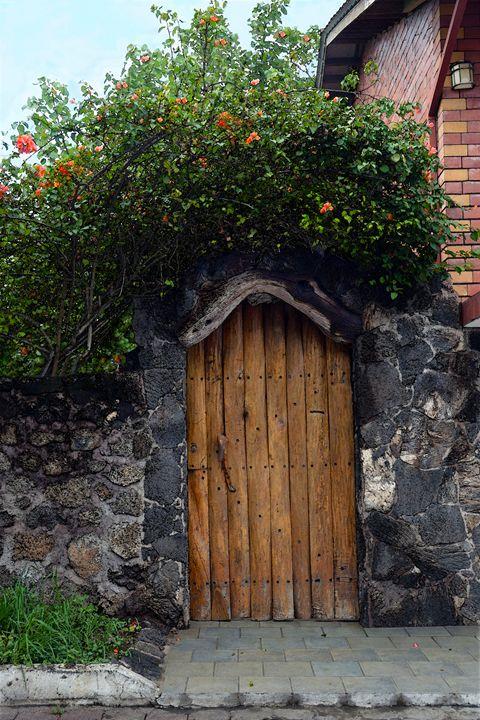 Puerto Ayora Door, Galapagos Islands - Catherine Sherman