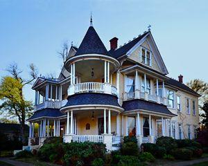Northcutt House, Longview, Texas - Catherine Sherman