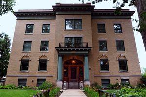 Inn at 835 in Springfield, Illinois - Catherine Sherman