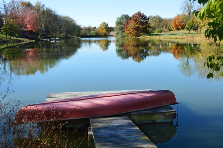 Red Canoe in Autumn - Catherine Sherman