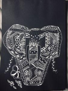 Zentangle 'STAR' elephant