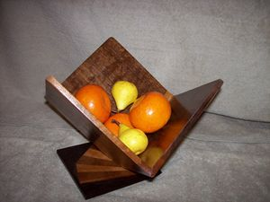 Walnut Fruit Bowl