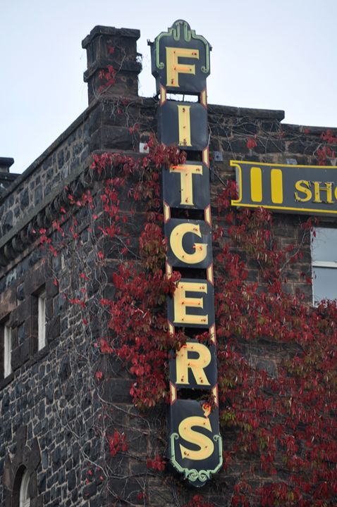 Fitger's Brewery, Duluth MN - Graphic Brewery