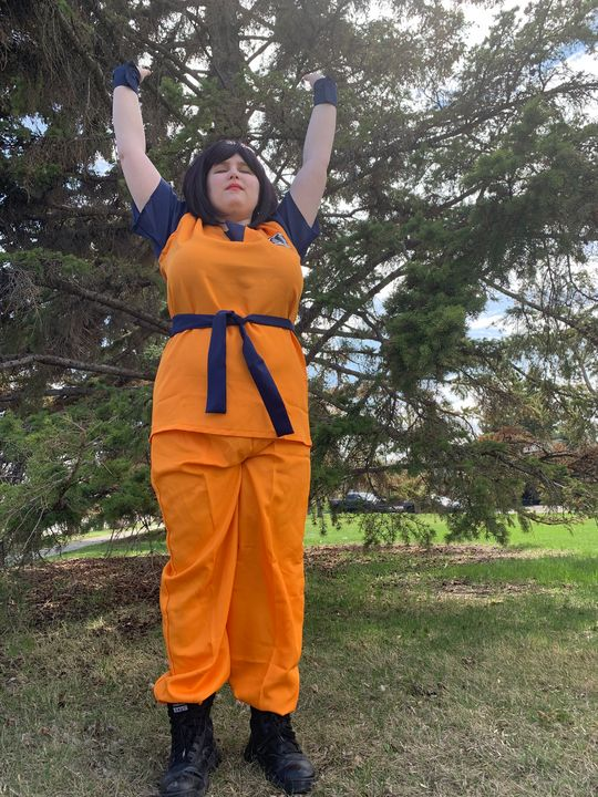 Goku - Queenroadkill Cosplay and Art
