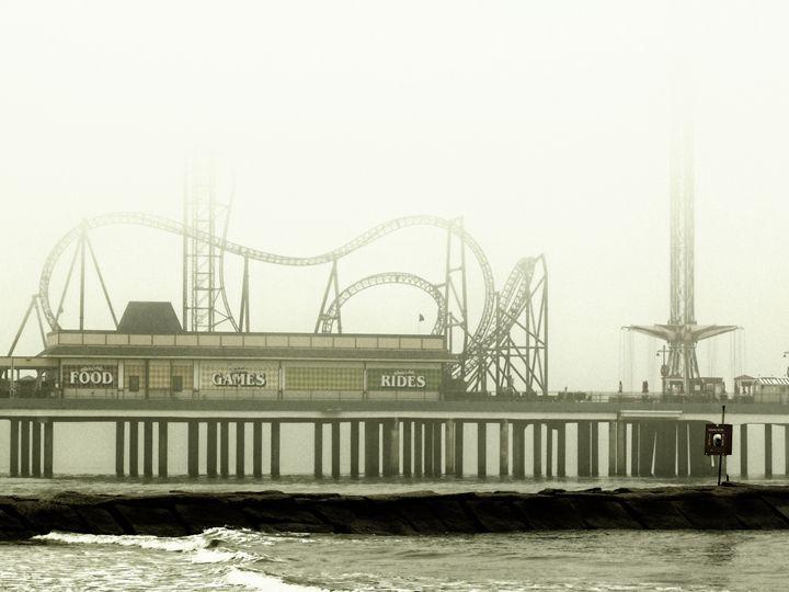 Pleasure Pier - Robert Brown Photography