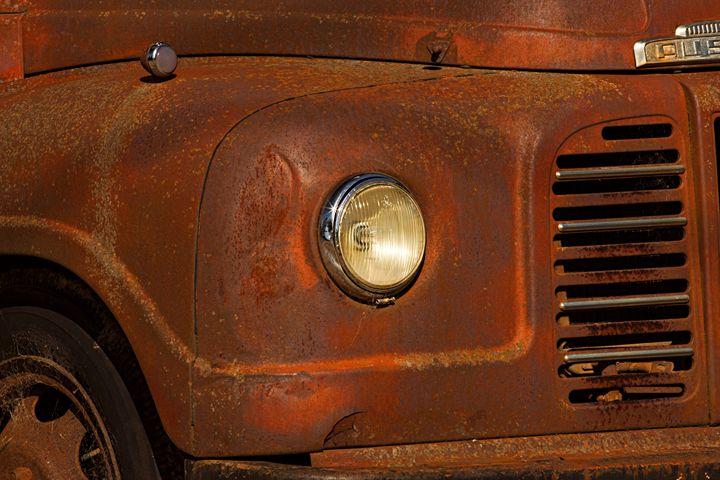 Rusty Truck - Maxwell Jordan