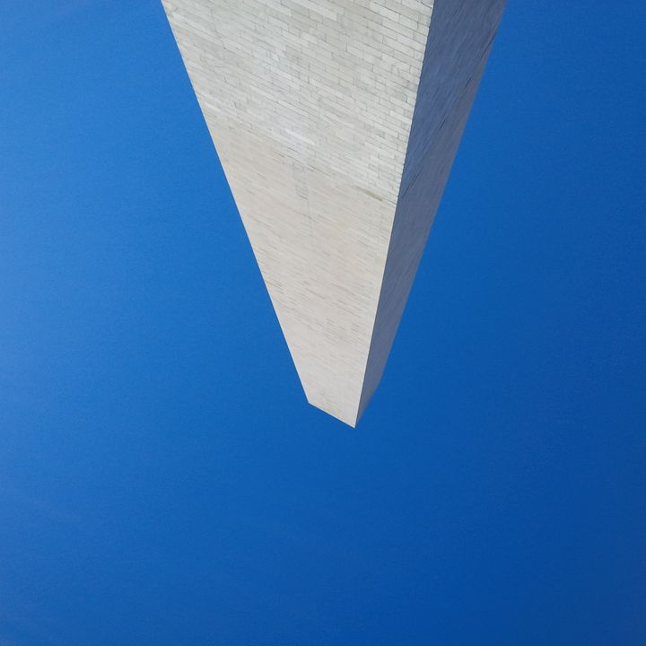 Jefferson Monument and the sky - Sotomayor