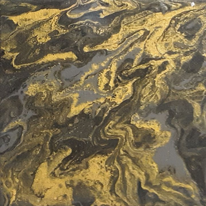 Black n gold lava - Eclectic Inspiration