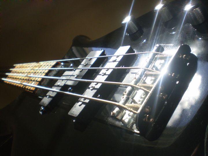 Eletric Bass - Hermes Cavalcante