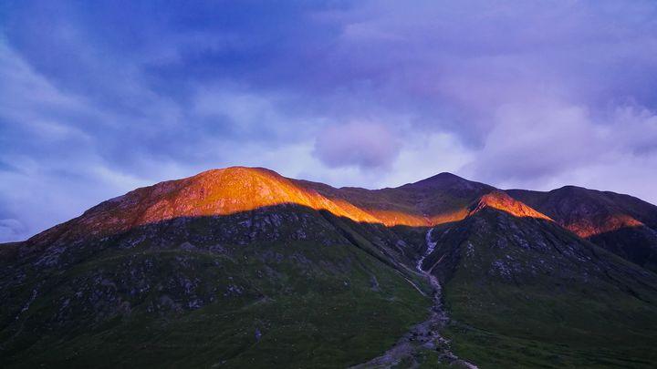 Sunset in the Scottish Highlands - Gav Argent Photography