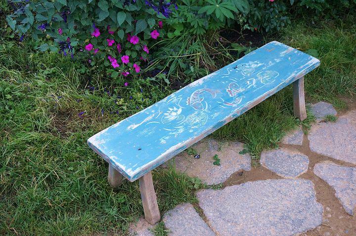 Blue bench, Hobbiton - Hobbiton, Matamata, New Zealand