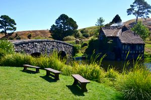 Three benches on the shore, Hobbiton