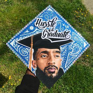 """""""Hussle & Graduate"""" Topper"""