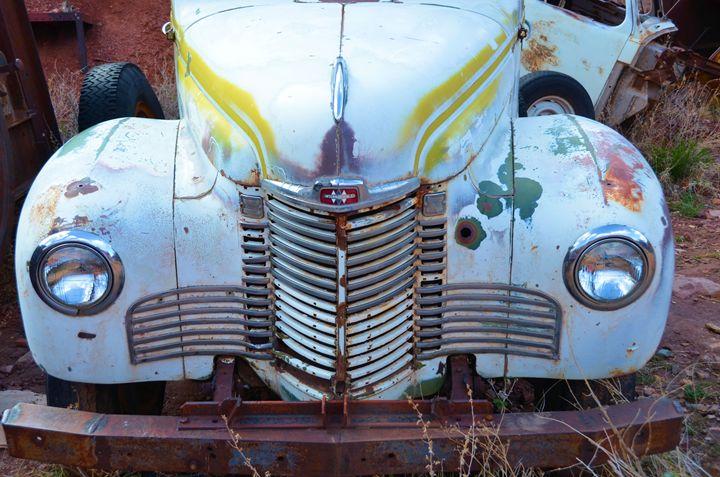 Vintage International Truck - Richard W. Jenkins Gallery