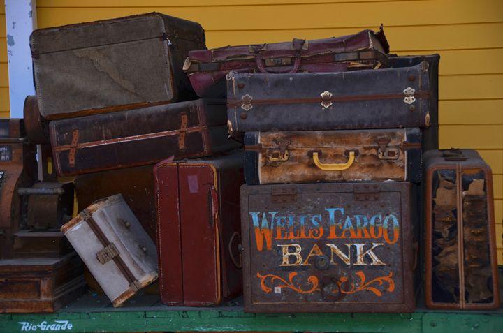 Vintage Luggage - Richard W. Jenkins Gallery