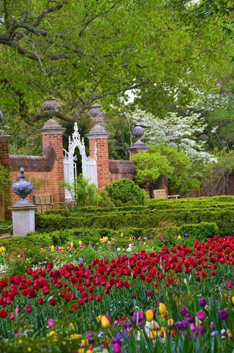 Gate way to Thomas Jefferson's Garde - Richard W. Jenkins Gallery