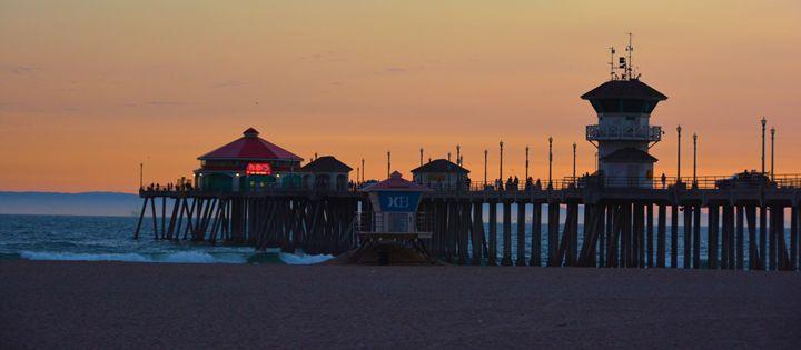 Huntington Beach Pier - Richard W. Jenkins Gallery