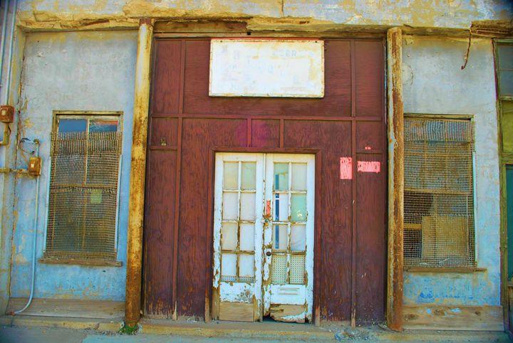 Superior Arizona Doors - Richard W. Jenkins Gallery