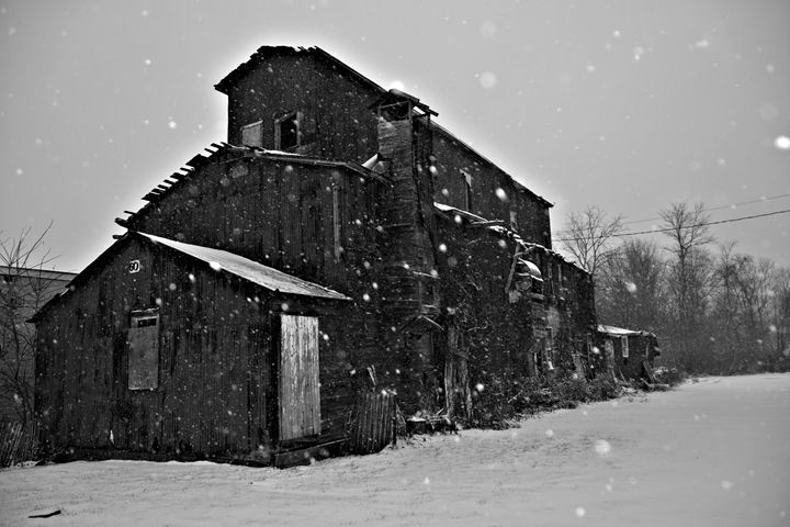 Black adn White Barn - Richard W. Jenkins Gallery