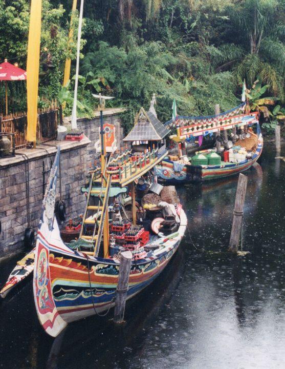 Tai Boats - Carlos' Art Works