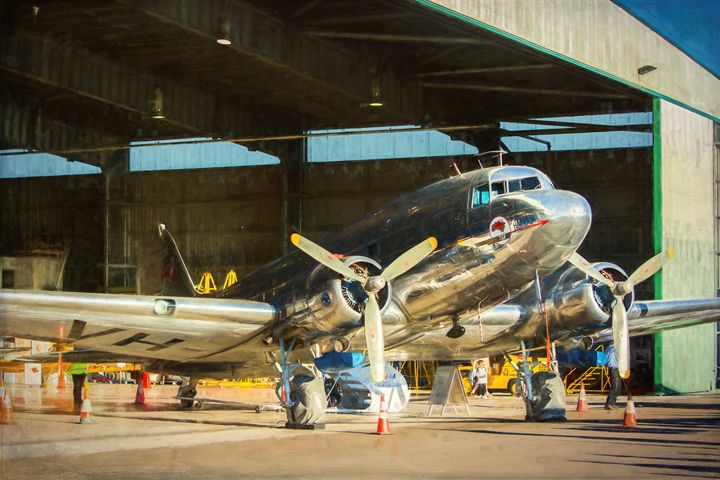 Douglas DC3 in Hangar - Transchroma Photography