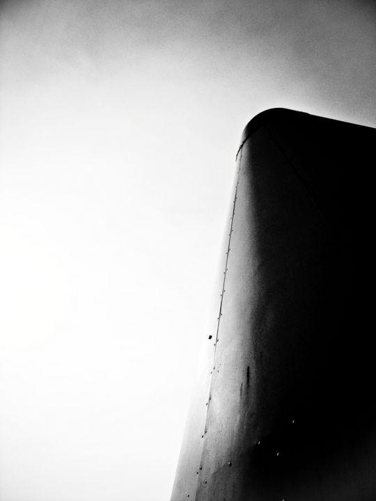 colossus - Lee White
