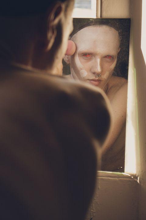 Red Eyes - Alejandro Romero FineArt