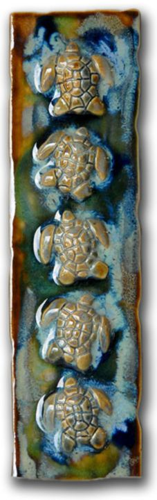 Hanging Plaque with Sea Turtles - Ceramic Designs by Albert