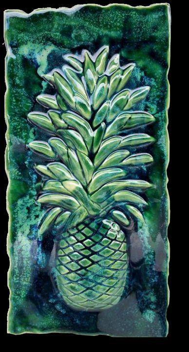 Sweet Maui Pineapple Kitchen Plaque - Ceramic Designs by Albert