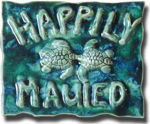 "Blue ""Happily Mauied"" Plaque"