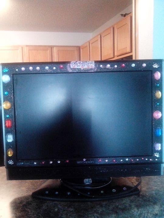 my designer tv by the Purple Queen - the Purple Queen Gallery.