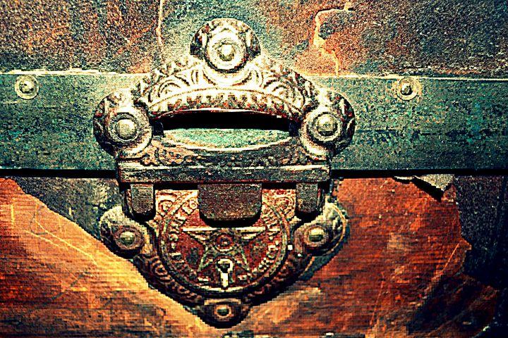 Trunk Lock - Ethereal Organics...diane montana jansson
